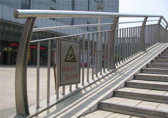 不锈钢护栏为什么越来越受欢迎
