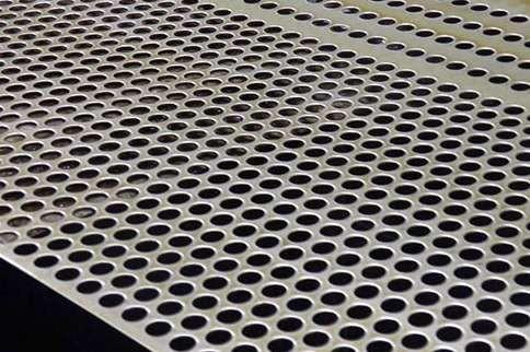 冲孔网因材质可以用于装饰