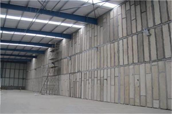 水泥轻质复合隔墙板在施工过程中正确的安装方法